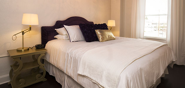 Flat 9 Bedroom • 3rd Street Flats