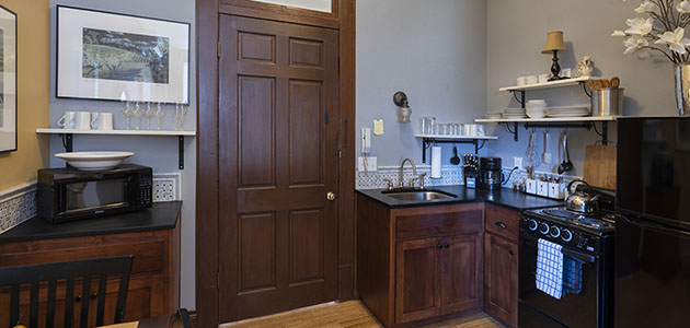 Kitchen of Flat 1 in 3rd Street Flats in McMinnville, Oregon