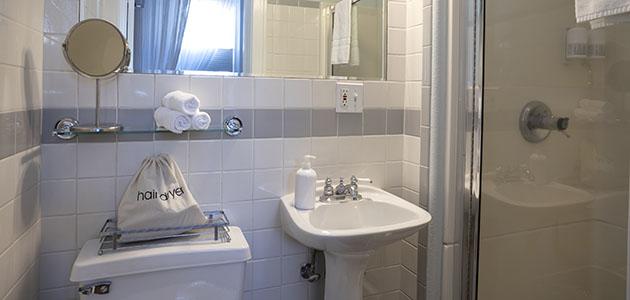 Flat 4 Bathroom • 3rd Street Flats